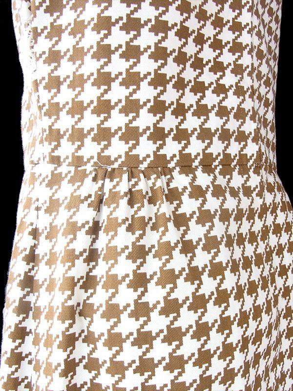 ヨーロッパ古着 ロンドン買い付け 60年代製 アイボリー X ブラウン 千鳥格子 レース ポケット付き ワンピース 21BS203