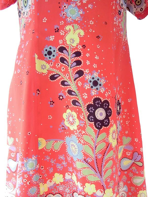 ヨーロッパ古着 ロンドン買い付け 70年代製 レッド X カラフル 花柄モチーフのレトロ柄 ヴィンテージ ワンピース 21BS208