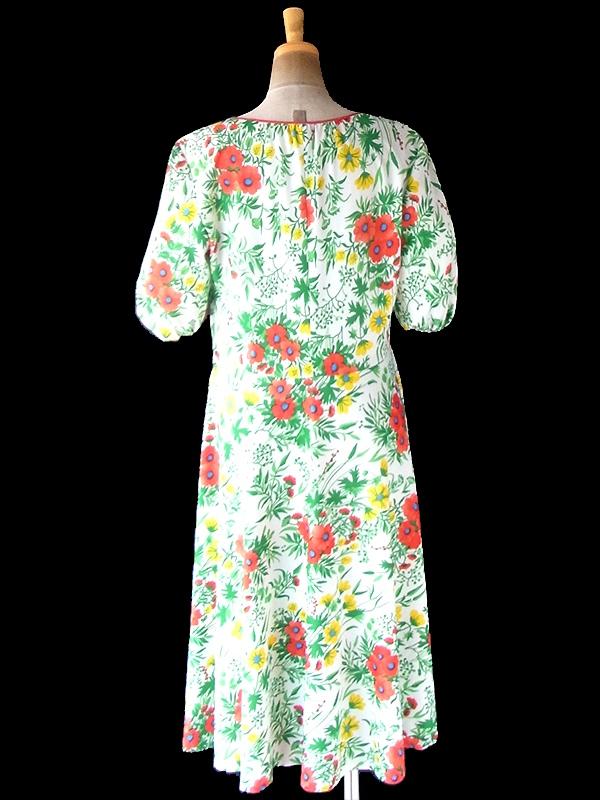 【ヨーロッパ古着】ロンドン買い付け 70年代製 ホワイト X カラフル 花柄 パフスリーブ ワンピース 21BS214【おとなかわいい】