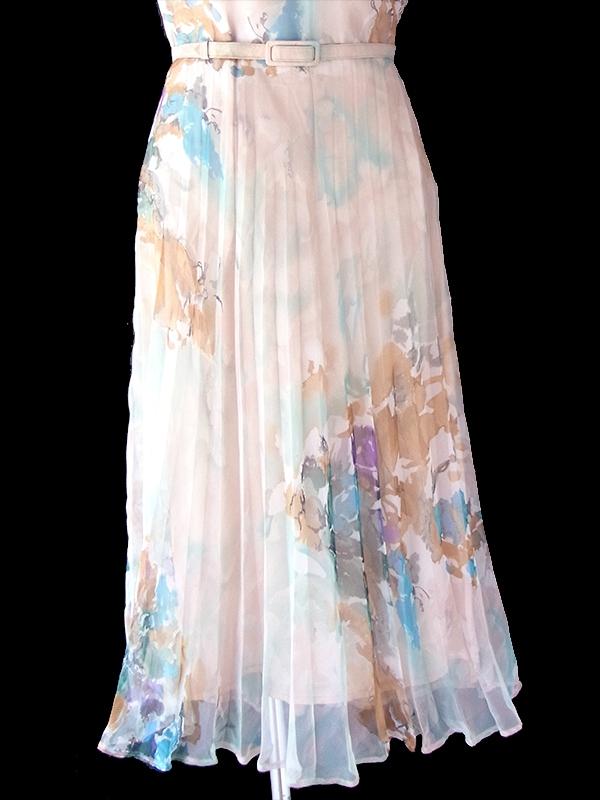 ヨーロッパ古着 ロンドン買い付け 70年代製 淡いピンク X 花柄 共布ベルト付き シフォン地 プリーツ ワンピース 21BS218