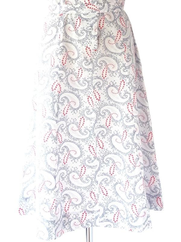 ヨーロッパ古着 フランス買い付け 60年代製 ホワイト X ブラック・レッド ペイズリー柄 共布ベルト付き ワンピース 21FC012
