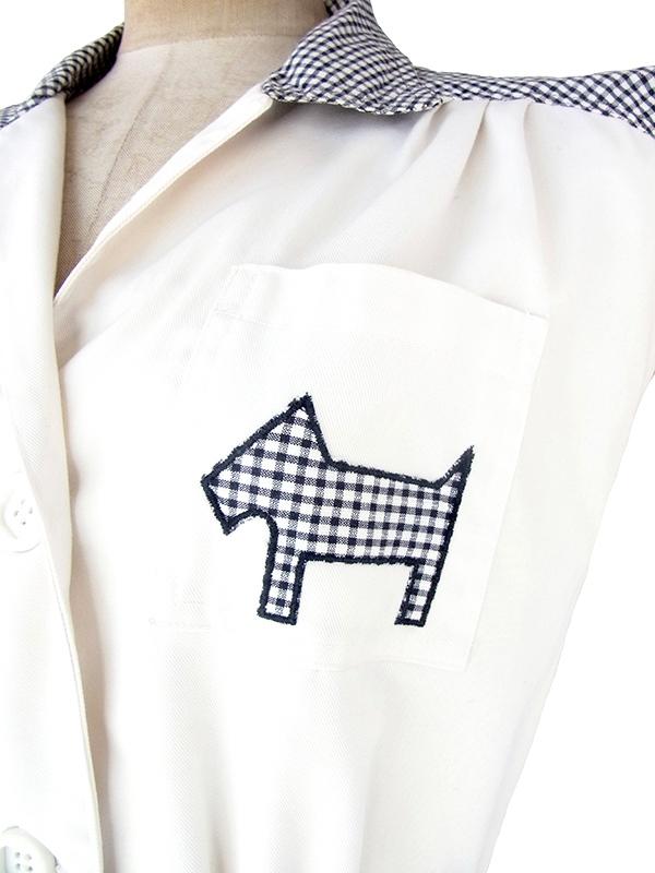 ヨーロッパ古着 フランス買い付け 60年代製 ホワイト X ブラック チェック柄 犬のアップリケ・共布ベルト付き ワンピース 21FC016