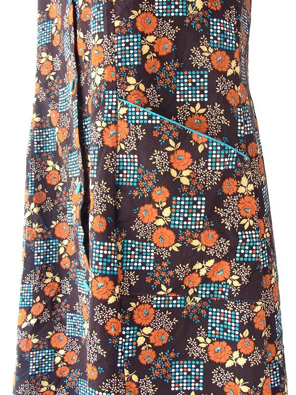 ヨーロッパ古着 ロンドン買い付け ブラウン X オレンジ ターコイズブルー 花柄 ポケット付き レトロ ワンピース 21OM504